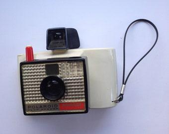 The Swinger Polaroid Land Camera Model 20