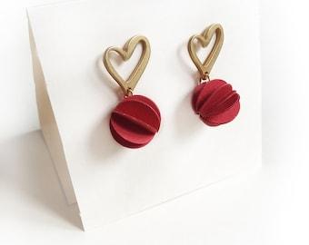 Gold Zamak earrings, paper jewelry, Stud drop earrings, paper pendant, red and gold earrings, woman earrings, gift for her, girlfriend