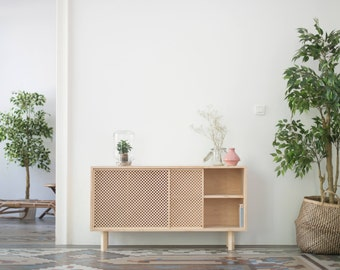 Sideboard or receiver