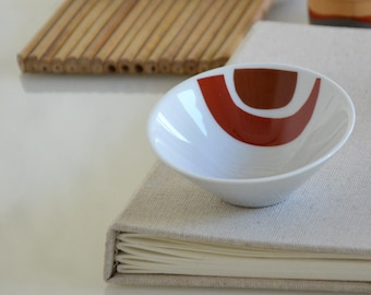 Bowl porcelain, appetizer bowl, minimal bowl, circles, movement, hand painted bowl, small bowl porcelain art by Cristina Ripper