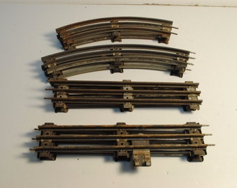 Lionel O Train tracks,Lot of 8 : 4 straight and 4 curved
