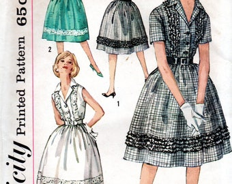 1960s Simplicity Sewing Pattern 3923 Misses One-Piece Step-In Dress Size 12