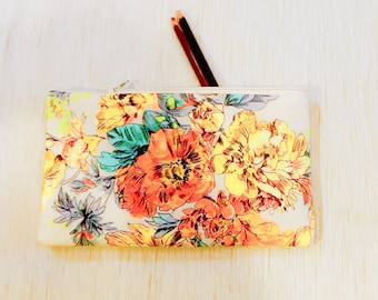 Make Up Bag/ Floral Pencil Case/ Gift for Her/ Mothers Day Gift for Women/ Bridesmaid Gift/ BFF Gift/ Gift for Mom/ Wife Gift/ Coworker Gift