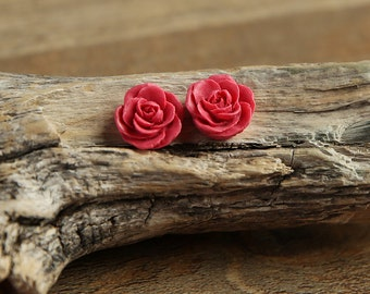 Dark Fuchsia (12) 13mm Dainty Resin Rose Cabochons CF1027