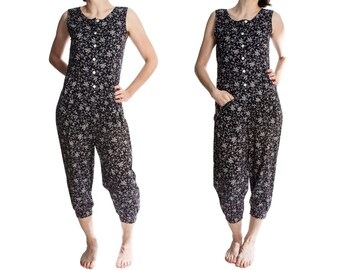Vintage romper -- one piece sleeveless jumpsuit -- 70s romper -- size small / medium