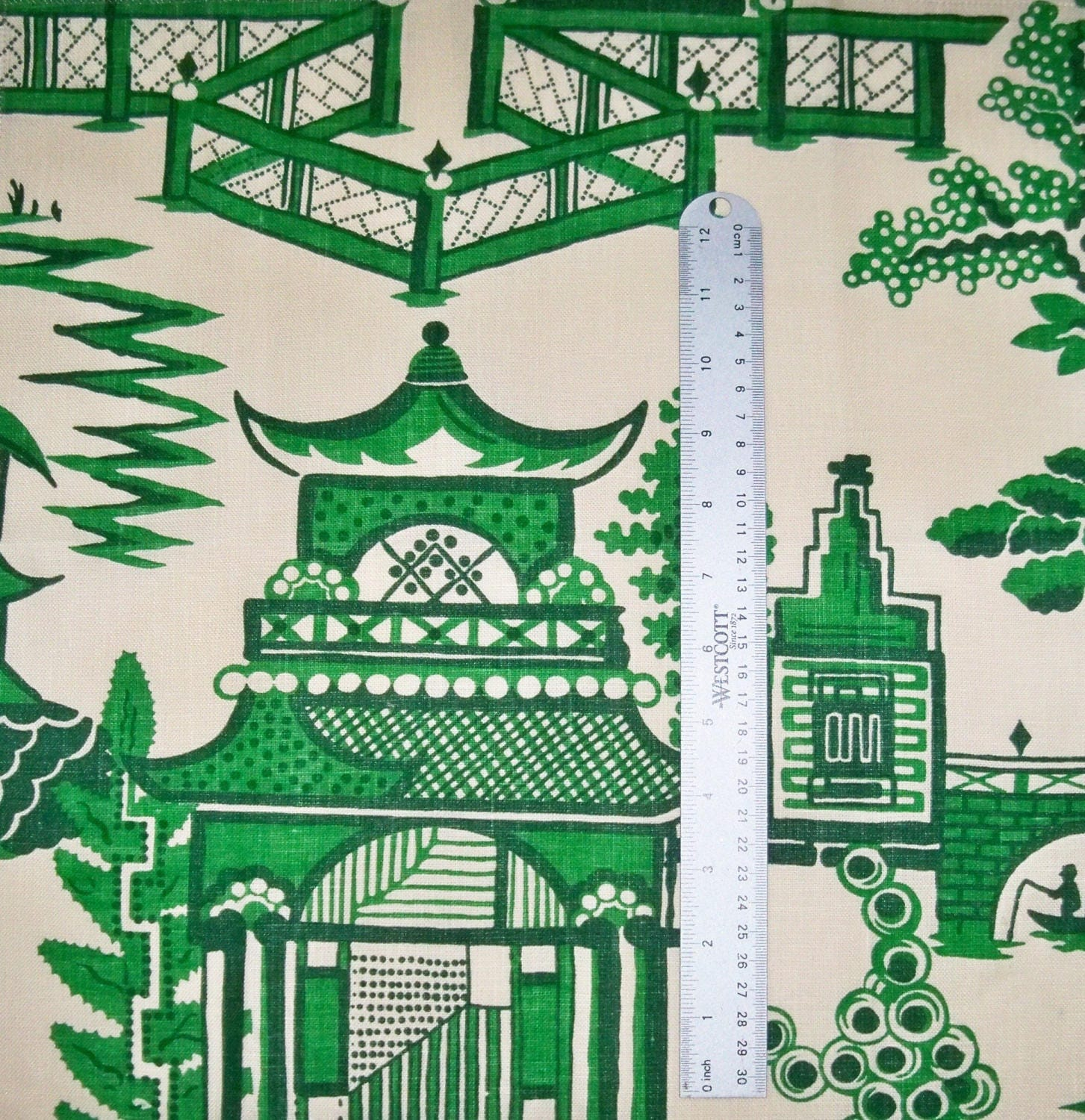 SCHUMACHER CHINOISERIE PAGODA Toile Linen Fabric 10 yards Jade Green ...