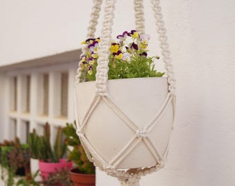 Hanging pot - Modern macrame - natural cotton