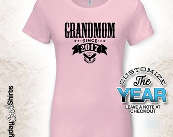 Grandmom Since (Any Year), Grandmom Gift, Grandmom Birthday, Grandmom tshirt, Grandmom Gift Idea, Baby Shower, Pregnancy