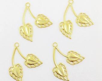 Gold Leaves, Brass Leaf, Double Leaf Charm, Right Facing Leaf, Brass Stamping, Leaf Drop, 26m x 32mm - 4 pcs. (gd331)