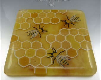BEES AND HONEYCOMB – Hand painted and Fused Glass Coaster - by Stephanie Gough sra fhfteam leteam