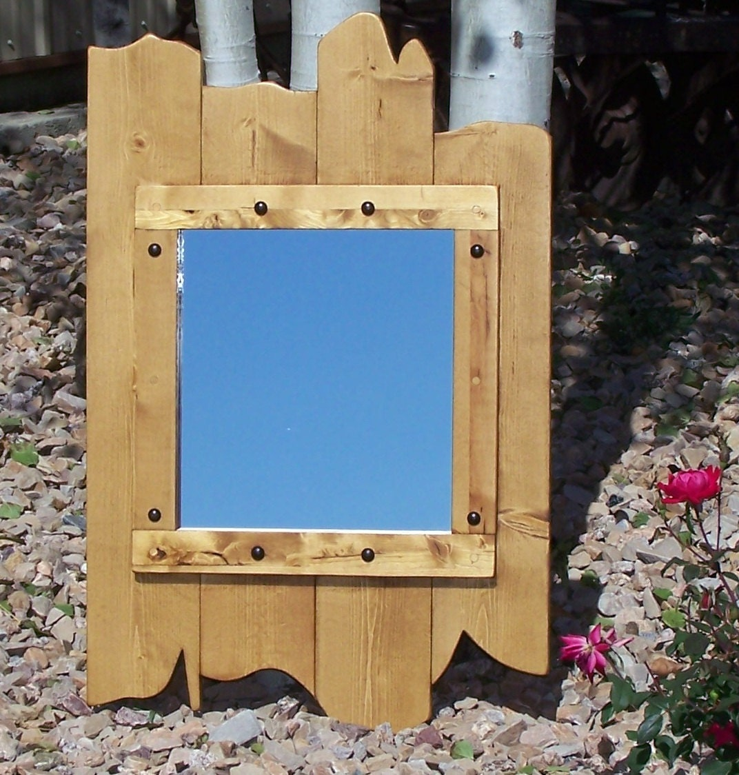 Rustikale Holz Altholz-Spiegel in einem goldenen Eiche Farbe