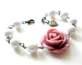 Flower Bracelet Lavender Bracelet Bridesmaid Pearl Bracelet Purple Wedding Jewelry Bridesmaid Gift Romantic Rose Bracelet Lavender Wedding
