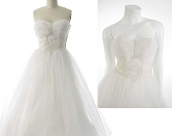 50s Strapless White Tulle Wedding Dress-1950s Bridal Gown-S-Small-Sweetheart Bodice-Rockabilly-Vintage Wedding-