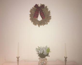 Hessian and tartan wreath