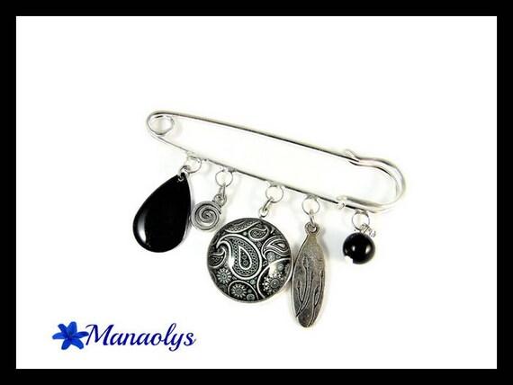 Silver kilt pin brooch, black and white Paisley glass cabochon, enameled, drop Black Pearl