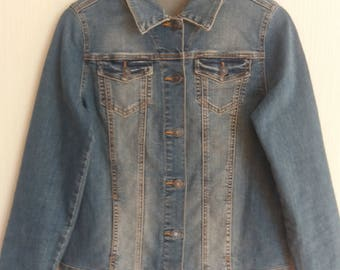 Vintage Blue Denim Trucker Jean Jacket Size Medium