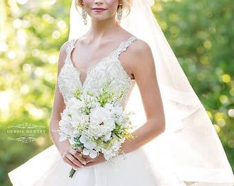 Wedding bouquet, bridal bouquet, white bouquet, silk bouquet, ready to ship