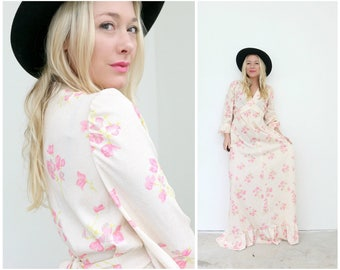 1960s Spring Maxi Dress  /// Size Extra Small to Small