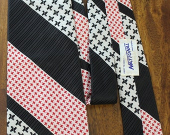 National mens wide vintage tie, Coast to coast national shirt shops vintage 70s necktie