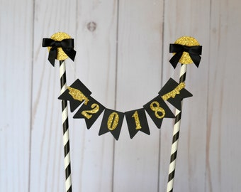 Graduation Cake Topper - Class of 2018 Cake Topper - Graduation Party Decorations - Congrats Grad - Bunting Cake Topper - Class of 2018