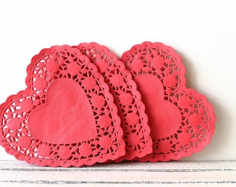 Red Heart Paper Doilies, Wedding Favors, Gift Packaging, Valentines Day Wedding, French Lace Doily, White Paper Doilies, Bridal Shower