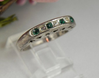 Green Emerald Heart Band Silver Ring