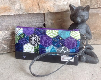 Doctor Who inspired hexagon quilted zipper pouch.