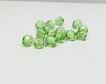 15 Light Peridot Czech Glass Faceted Rounds, 8mm, Light Peridot, Peridot Green, Light Green, Glass Beads, Round Beads, Bead Supply, Crafts