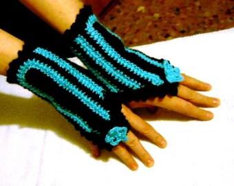 Gloves-wrist warmers