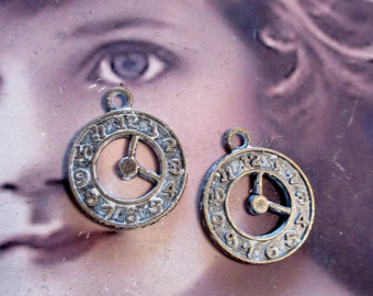 Frosted White Patina on Bronze Ox Patina Watch  Charms 1140WHTBRZ x4