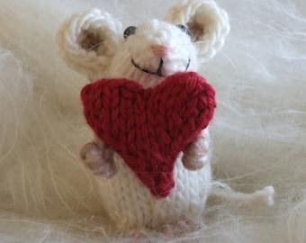 Valentine Mouse Knit Pattern