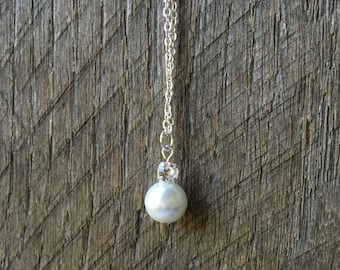 White Pearl Swarovski Crystal Bridal Necklace Rhinestone Pendant Necklace with on Silver or Gold Chain