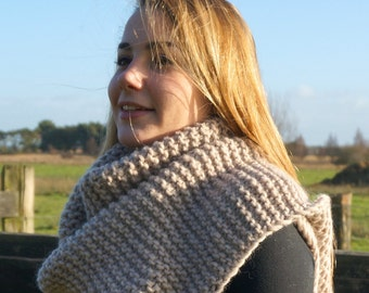 hand knitted chunky scarf/ pure wool scarf/ beige scarf / XL knit scarf
