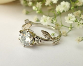 Moissanite Leaf Ring - Deposit