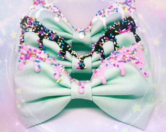 Melty Bow With Sprinkles - Mint