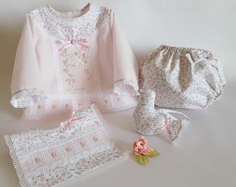 Baby set 0/3 months-newborn-girl set-long sleeve T-shirt Pink Batista-Cubrepañal printed-bib-hand embroidered BB37