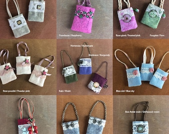 Felt handbags, lace, beads etc ... for Pullip dolls, Blythe, Barbie, Momoko etc ... Different models