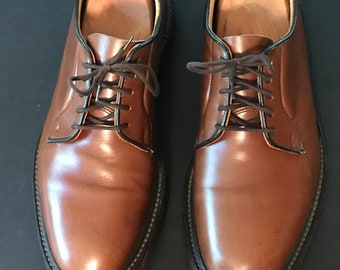TRICKER'S Tan COUNTRY SHOES U.S. Size 10.  Jermyn Street by Appointment to Prince of Wales.
