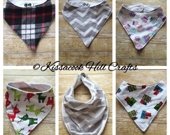 Bandana bib, adjustable