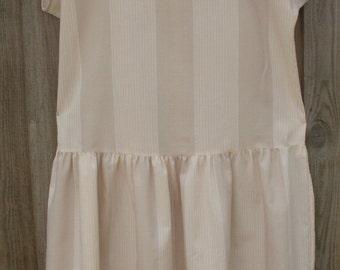 Vintage size 14 plus size dress  long peach white beige