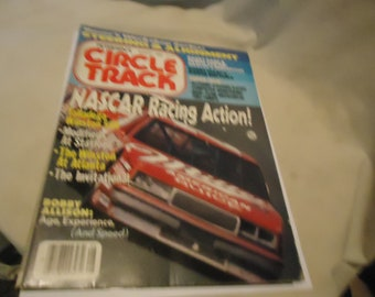 Vintage August 1986 Petersen's Circle Track Nascar Racing Action! Magazine Volume 5 Number 8, collectable