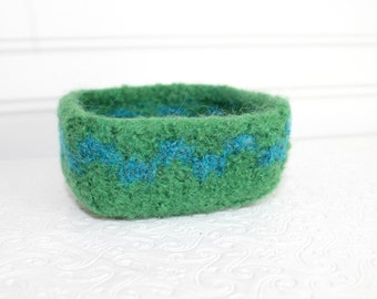 Bright Green Wool Basket, Knit Felt Storage Basket, Boiled Wool Small Storage Basket, Green Wool Storage Container, Square Felted Wool Bowl