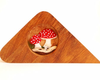 Toadstool and Fox Diorama - Nature Assemblage -  Nature Art - Shadow Box Frame - Fox - Toadstools - Fly Agaric