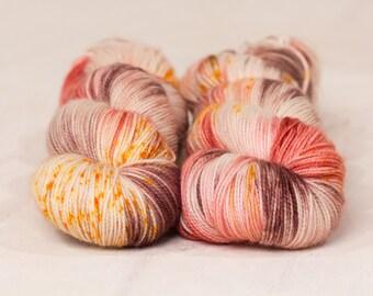 FALLEN ROSE // 4 ply yarn, fingering yarn, sock yarn, super wash yarn, hand dyed yarn, indie dyed yarn, variegated yarn