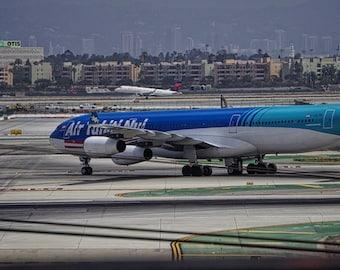 Air Tahiti Jumbo Jet