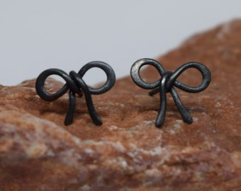 20% OFF SALE! Oxidized Silver Bow Post Earrings. 925 Silver. Item 109.