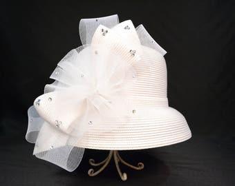 Fancy White Delilah