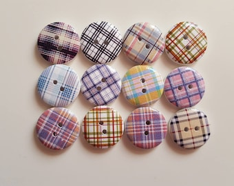Set of 10 striped round wooden buttons