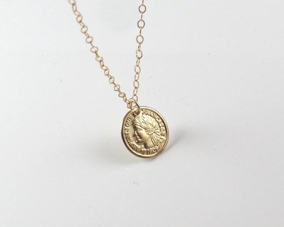Gold coin necklace gold necklace gold disc pendant gold te gusta este artculo aloadofball Images