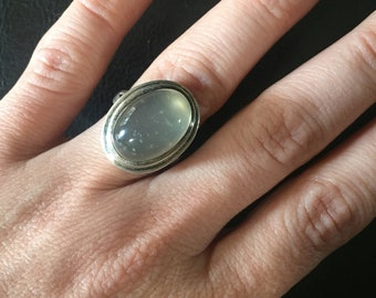 Outstanding Art Deco Sterling Silver Moonstone Ring size 8